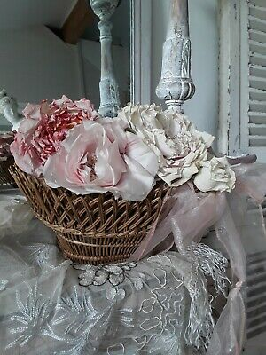 FEINES ANTIKES KÖRBCHEN, ANTIQUE FRENCH BASKET  french shabby deco