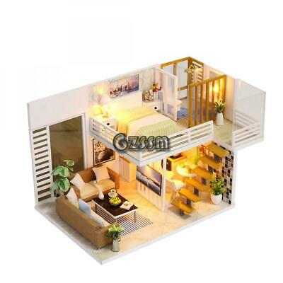 1//12 Doll house Miniature Wooden Carriages and Train Toy Set K1U7