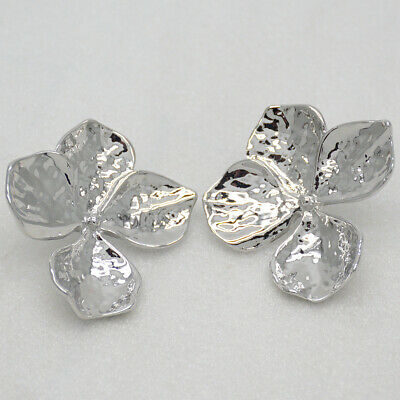 Chico's jewelry polished hammered silver plated flowers post stud earrings drop