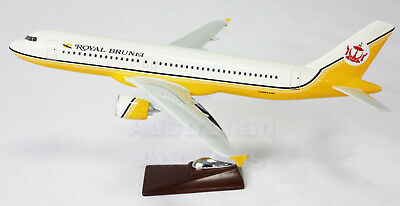 ROYAL BRUNEI A320 LARGE PLANE MODEL AIRPLANE APX 47cm SOLID RESIN SPAIN