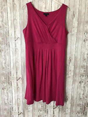 312b5770c1 Women s LL Bean Pink Surplice Fit-and-Flare Knit Sleeveless Dress Size L 14