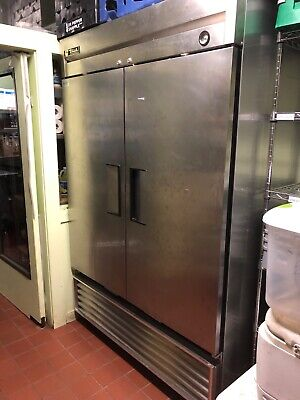 used true double door refrigerator operates at 39 degrees consistently
