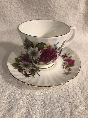 Duchess Magenta Roses Tea Cup & Saucer Fine Bone China England Gold Trim