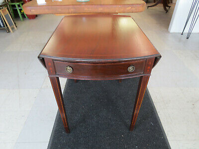 John Stuart Antique Mahogany Pembroke Drop Leaf table with inlay