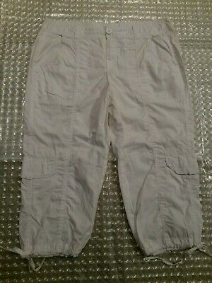 Cato Size 14 Off White Capri Pants White Ties at Legs 6 Pockets