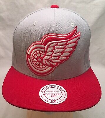 newest collection 1f4e7 15eba Detroit Red Wings Mitchell   Ness Snapback