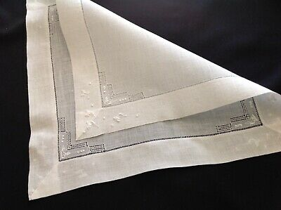 #1873 Vintage 20s Embroider Hanky White/WHITE Tiny Daisies He Loves Me, He Loves