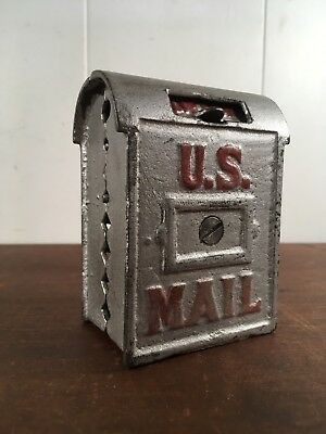 Antique c 1912 AC WILLIAMS CAST IRON US MAIL MINIATURE LIFTUP MAILBOX BANK