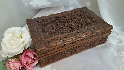 Anglo Indian Wooden Lidded Box Vintage / Antique  - Hand Carved - Delightful