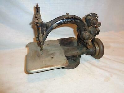 Antique Kruse & Murphy Mfg Co New York Cast Iron Sewing Machine circa 1881-1902