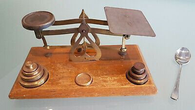 VINTAGE POST OFFICE SCALES 9 BRASS WEIGHTS MEASURES 20cm LONG X 10 WIDE X 9 HIGH