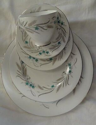 Royal Albert England HARVEST SONG 5 pc Place Setting 3 plates cup saucer