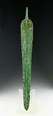 *SC* A LARGE WESTERN ASIAN TANGED BRONZE DAGGER, 2nd mill. BC