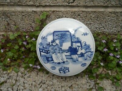 Chinese antique blue and white porcelain box - Qing 19th century - fine painting