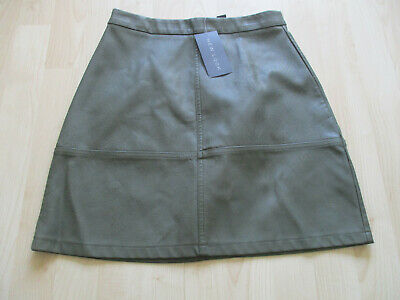 ladies NEW LOOK GREEN PVC FAUX LEATHER SKIRT UK SIZE 8 NEW + TAGS