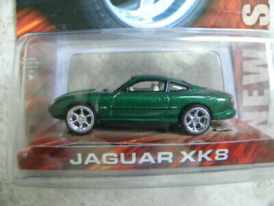 Jaguar Xk8               2003 Hot Wheels Team Baurtwell Whips      1:64 Die-Cast