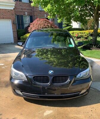 2008 BMW 5-Series  2008 BMW 528xi Beautiful car inside and out