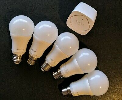 5 x Wemo Light Globes and A Hub WITH WEMO box And  Globes as Pictured