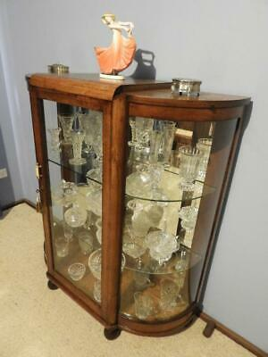 ANTIQUE VINTAGE ART DECO HALF ROUND CRYSTAL CHINA DISPLAY HALL CABINET 1940s
