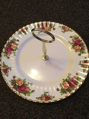 """OLD COUNTRY ROSES-ROYAL ALBERT- 26cm,10"""" SINGLE CAKE STAND-BEEN ON DISPLAY"""