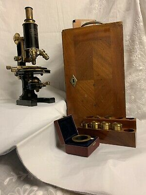Carl Zeiss Jena Germany Microscope model # Nr 55746 WITH ORIGINAL CARRYING CASE