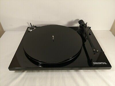 Pro-Ject Essential III Belt-Drive Turntable w/ Ortofon OM10 Black No Dust Cover