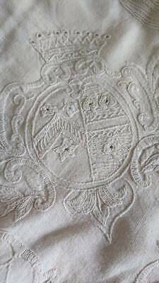 DIVINE ANTIQUE FRENCH EMBROIDERED LINEN TABLECLOTH CROWNS OF A COUNTESS c1890