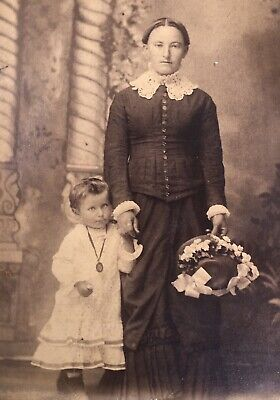 1880's Young Mother & Adorable School Girl Daughter CABINET CARD PHOTO