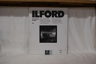 Ilford 16 Inch x 20 Inch MG IV RC Deluxe B&W Paper - Pearl Surface - 50 Sheets