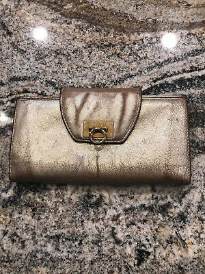 Auth Salvatore Ferragamo Gancini Long Bi-Fold Women's Wallet Leather Gold