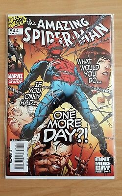 AMAZING SPIDER-MAN #544 (2007) - DYNAMIC FORCES SIGNED BY JOE QUESADA (of 50)