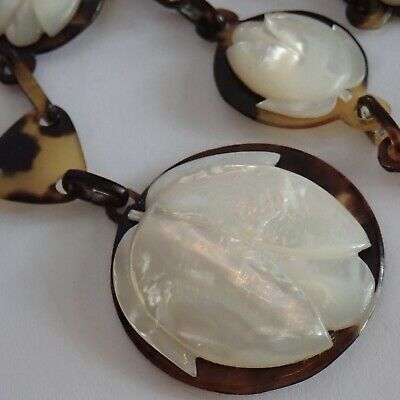 Vintage Art Deco Faux Tortoiseshell Carved Mother Of Pearl Flower Necklace