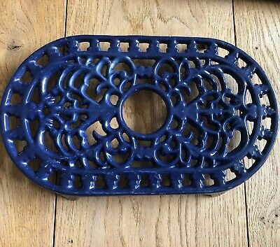 Vintage Replica Cast Iron Pan Stand Trivet Work  Top Protector Royal Blue