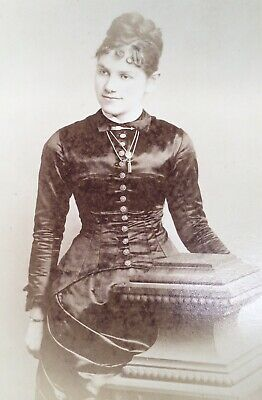 1880's Pretty Young Lady School Girl CABINET CARD PHOTO from Philadelphia Pa