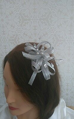 Stunning shimmering silver/grey Fascinator with jewels stunning piece!