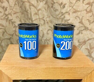 PHOTOWORKS 2 Rolls 35mm Film 1 Roll 200 EXP 3/2002, 1 Roll 100 EXP 8/2002 Sealed
