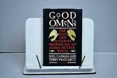 RARE Good Omens proof copy signed by Neil Gaiman and Terry Pratchett 1990