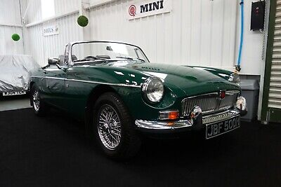 1970 MGB MG B Roadster, in beautiful restored condition. A lovely example