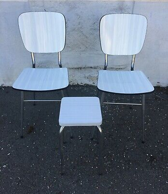 2 ANCIENNES CHAISES FORMICA Blanches + 1 TABOURET Blanc