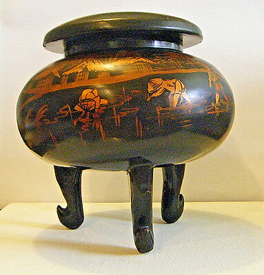 """5.5"""" Lg MEIJI 1900s JAPANESE BLACK LACQUER 3 FOOTED BOX WITH FISH&VILLAGE SCENE"""