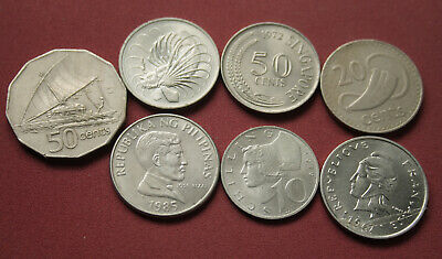 Small Group Of Small World Coins Circulated World Coins  Larger Size #Pzm40