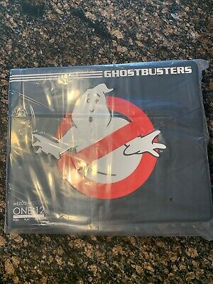 Mezco one 12 Ghostbusters Deluxe Box Set - IN STOCK !