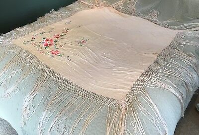 Vintage Chinese Cantonese Macrame Edge Silk Floral Embroidered Piano Shawl 3