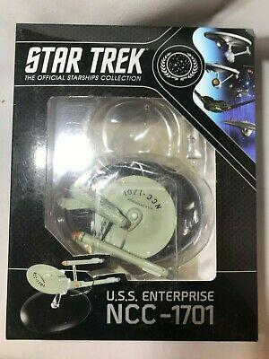 Star Trek USS Enterprise NCC - 1701 Model with Magazine by Eaglemoss