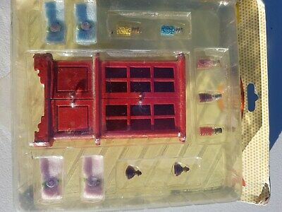 Dollhouse 1:12 set of accessories