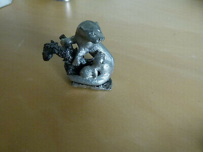 Otter and its cub , white metal orniment 5cm high