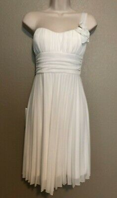 $79 NWT Speechless Juniors Size M White One Shoulder W/Rose Detail Pleated Dress