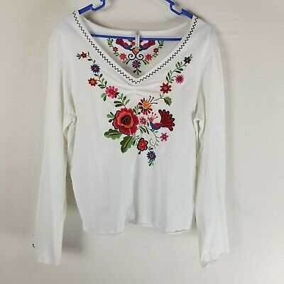 a0939f50 White stag floral embroidered knit top LARGE white v neck long sleeve boho