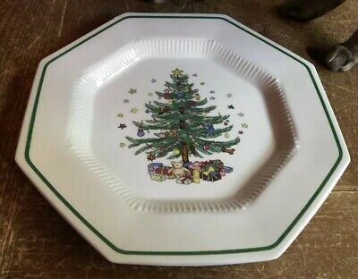 NIKKO CHRISTMASTIME DINNER PLATE OCTAGONAL Holiday Tree Stars Xmas Gifts Present