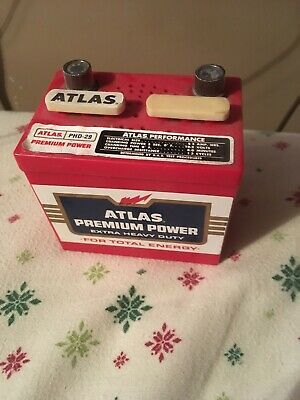 Vintage Atlas Premium Power Mini Car Battery AM Radio (WORKS!) + Vintage 9 volt